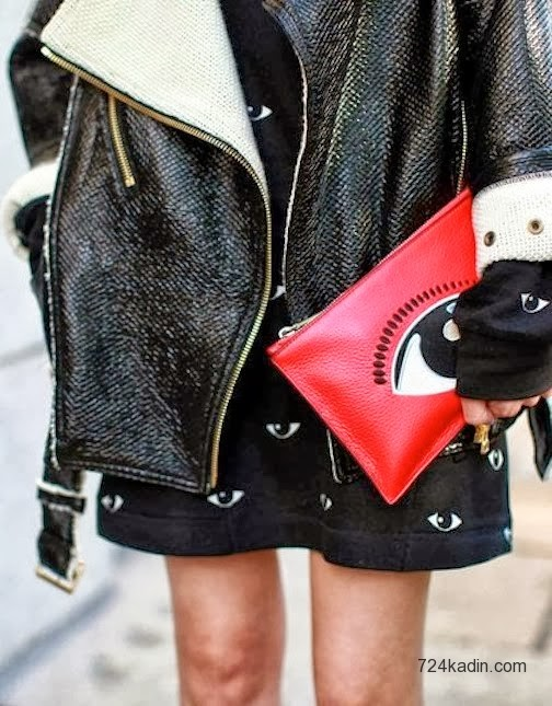 eye-clutch-fashion-week-streetstyle