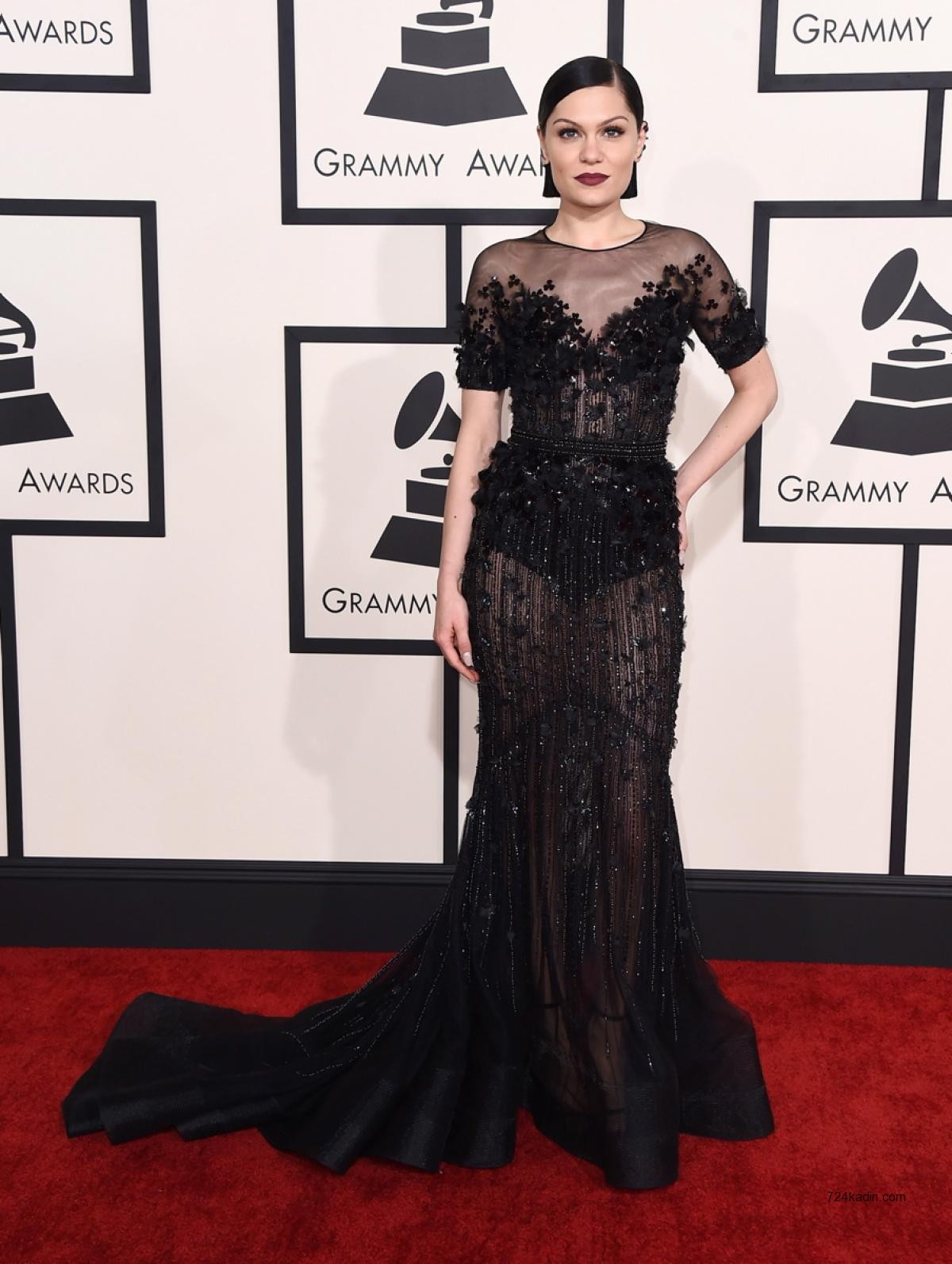 Jessie J in Ralph n Russo Fall 2014 Couture 2