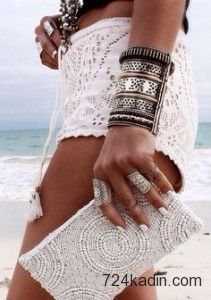 beaded-clutch-spring-summer-style