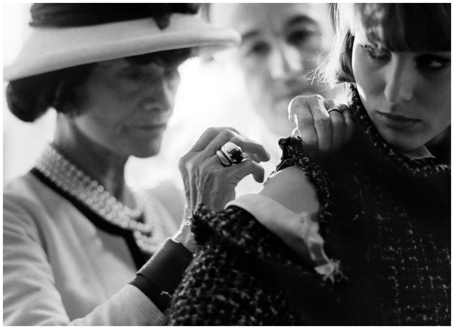 coco-chanel-photo-by-douglas-kirkland