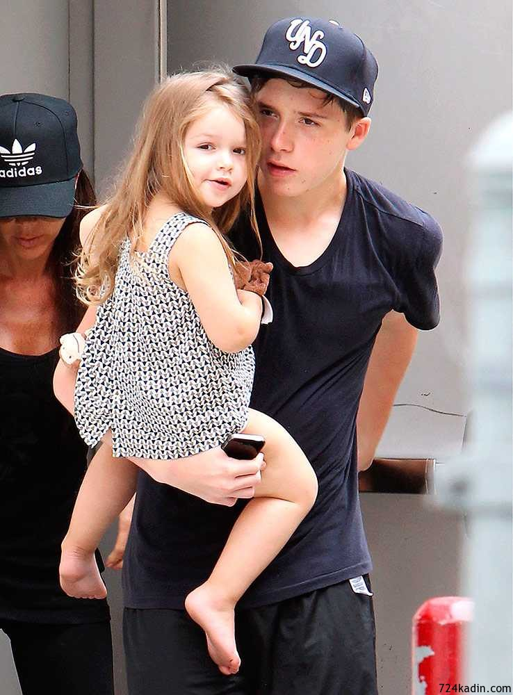 harper-beckham-leaving-soulcycle-california-jul-2014__large
