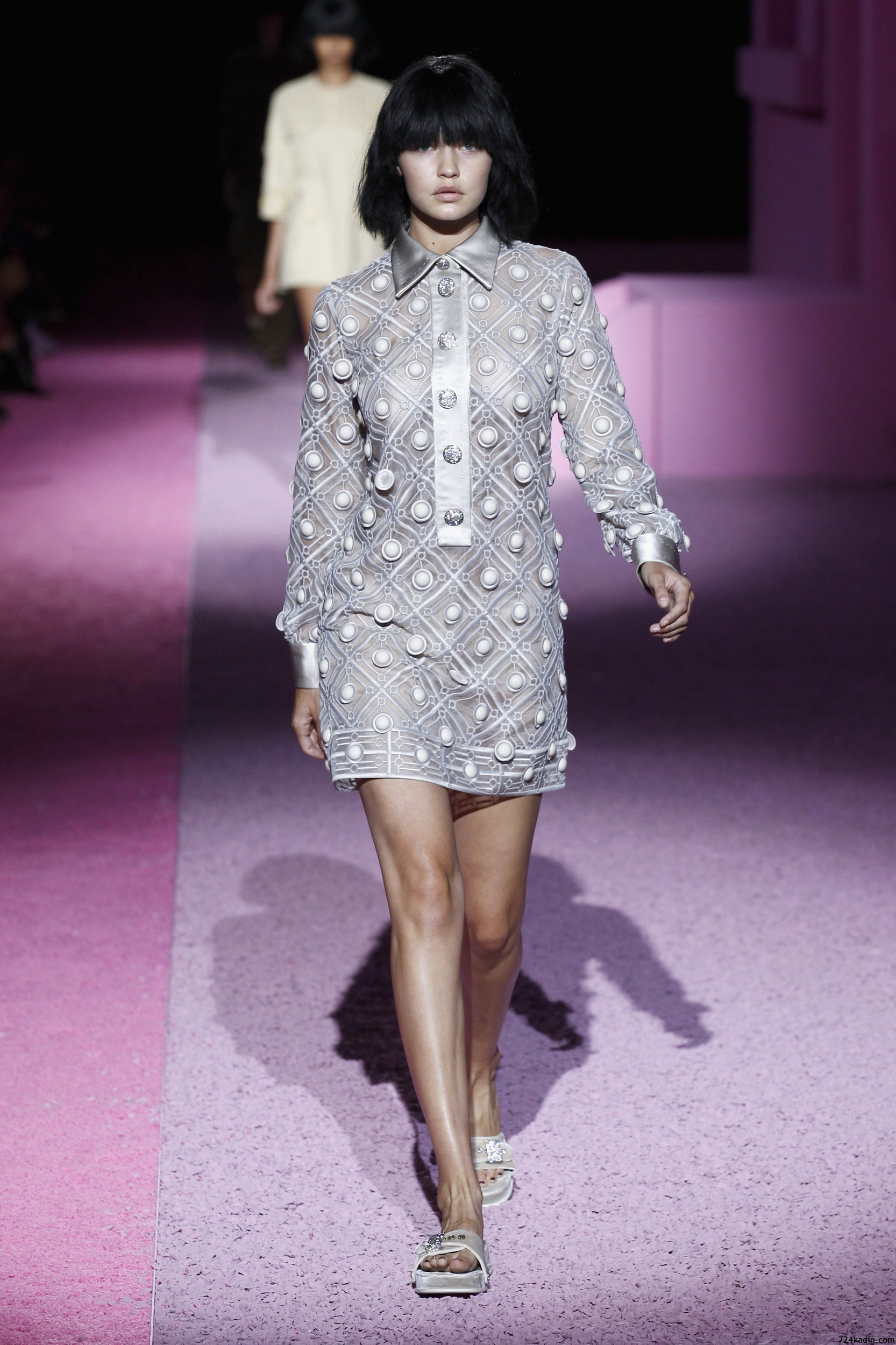 marc-jacobs-runway-mercedes-benz-fashion-week-spring-2015-1