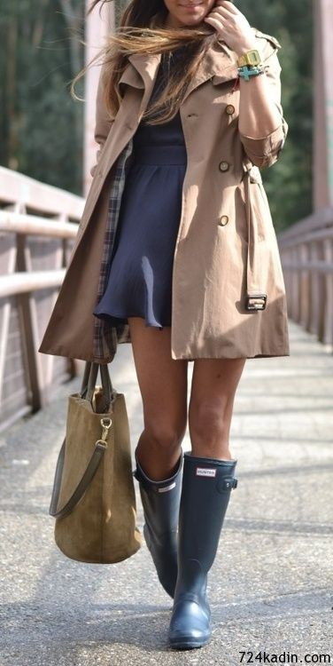 cool woman trench coat