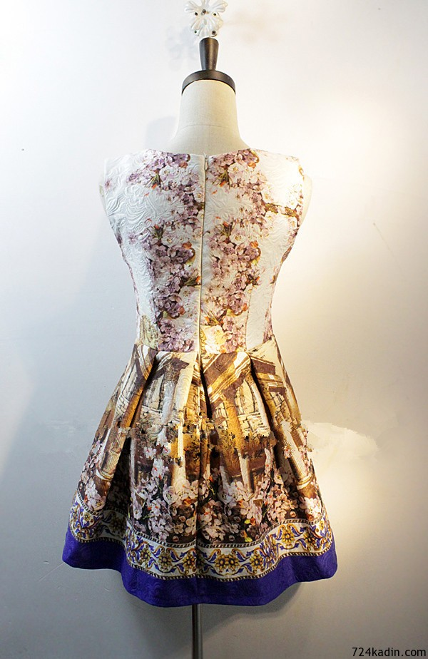 New-Spring-Summer-2015-Runway-Dress-Princess-Type-Sleeveless-Vintage-Baroque-Floral-Print-Jacquard-Dress-For