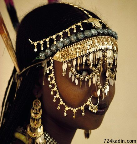 african-gold-face
