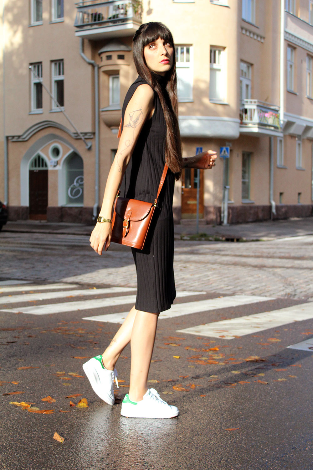 pazhalabirodriguez-fashion-blog-midi-dress-stan-smith-01